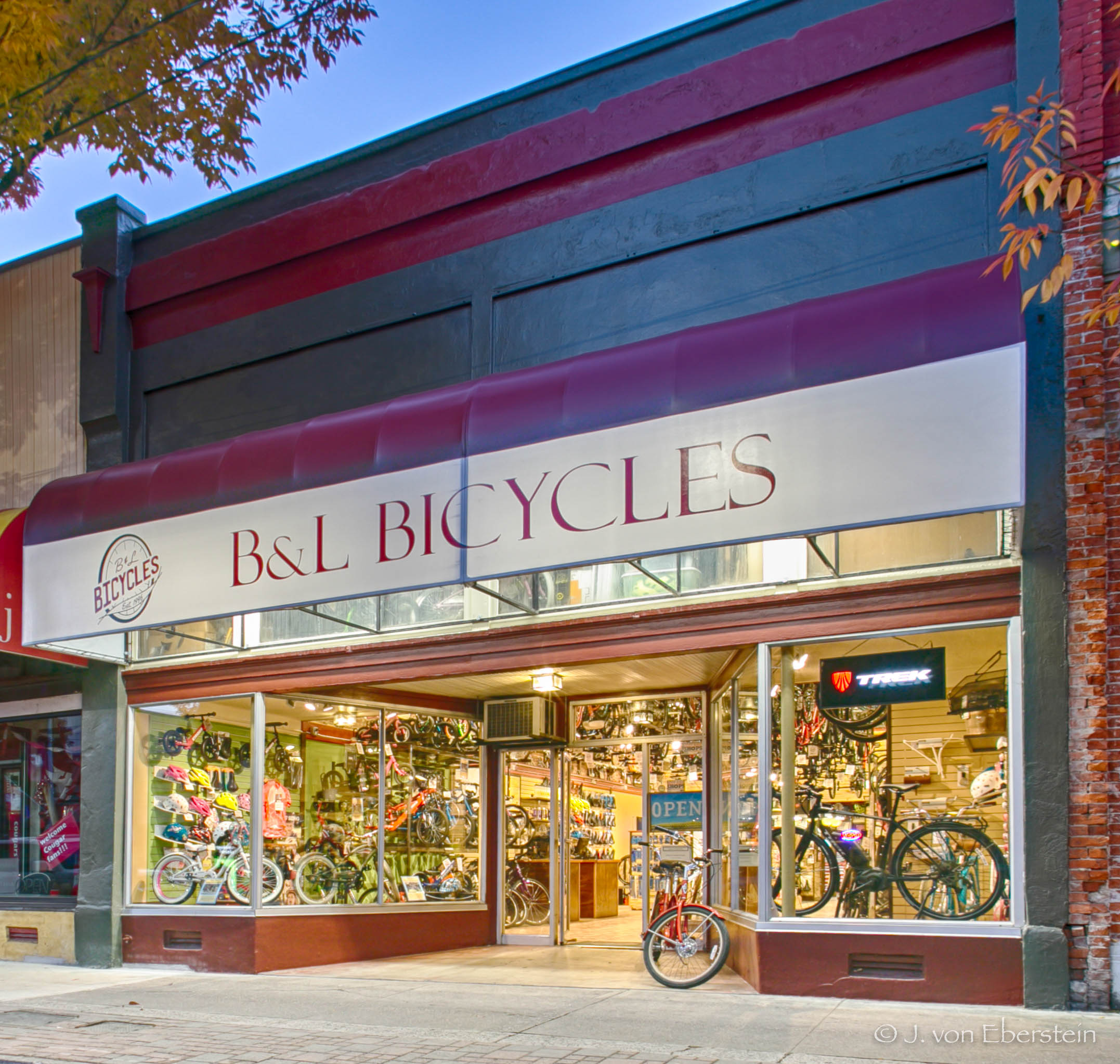 B & L Bicycles, Pullman, WA